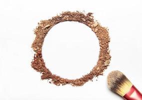 muestras de cosméticos en blanco foto