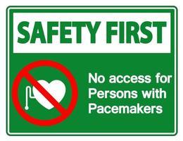 La seguridad es lo primero, no hay acceso para personas con signo de símbolo de marcapasos sobre fondo blanco. vector