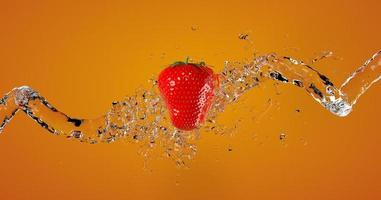 Fresa con líquido splash en fondo naranja 3D Render foto