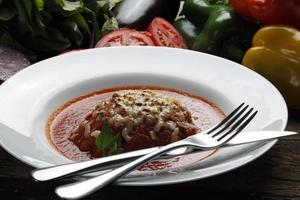 Spaghetti bolognese food photo