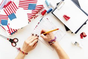 Diy 4th of July step by step needle holder craft. Step 4 - drawing the over measure line photo
