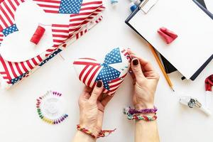 Diy 4th of July step by step needle holder craft. Step 10 - the pin cushion is ready to use photo