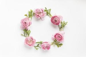 circle from peonies photo