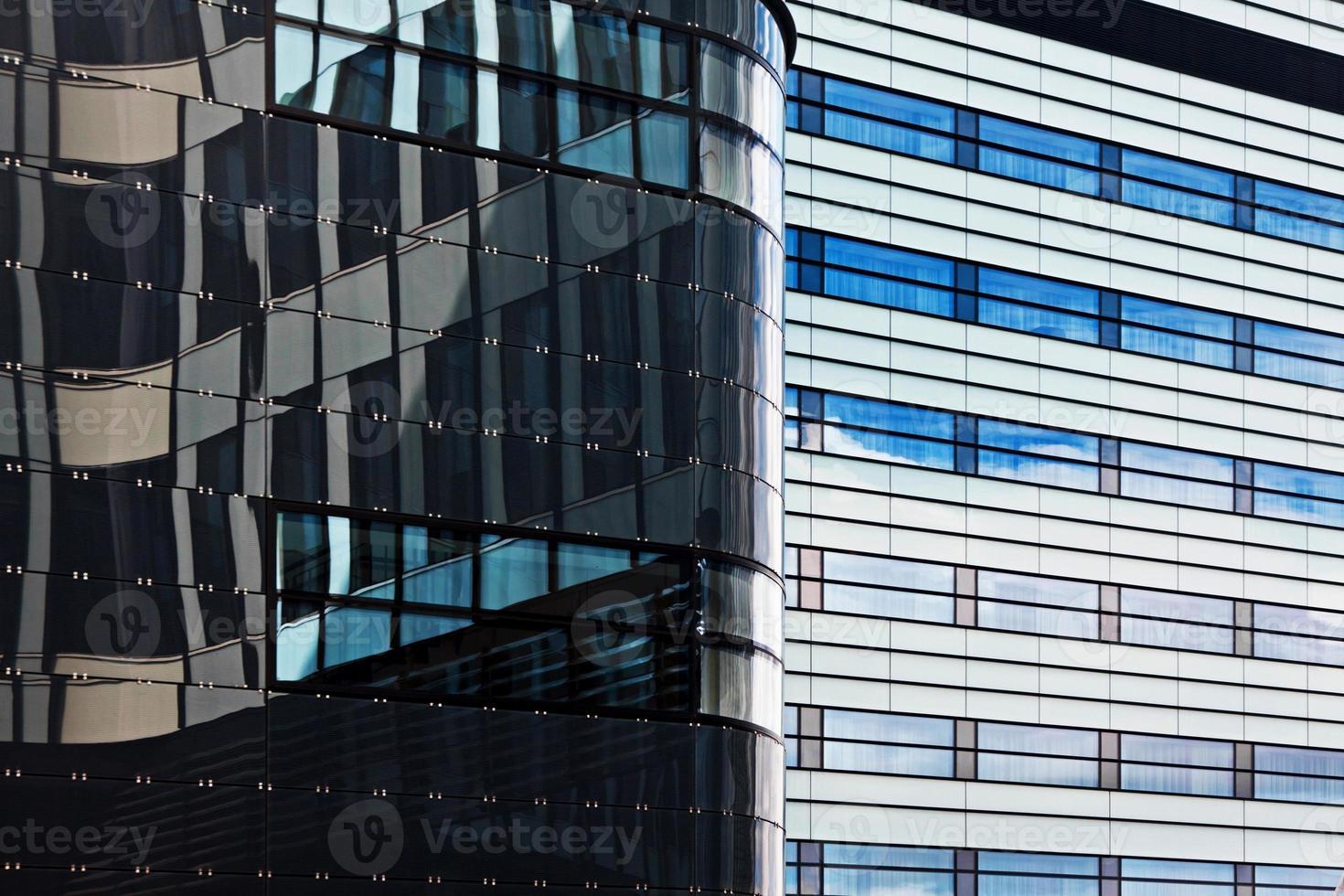 moderno edificio per uffici finanziari foto