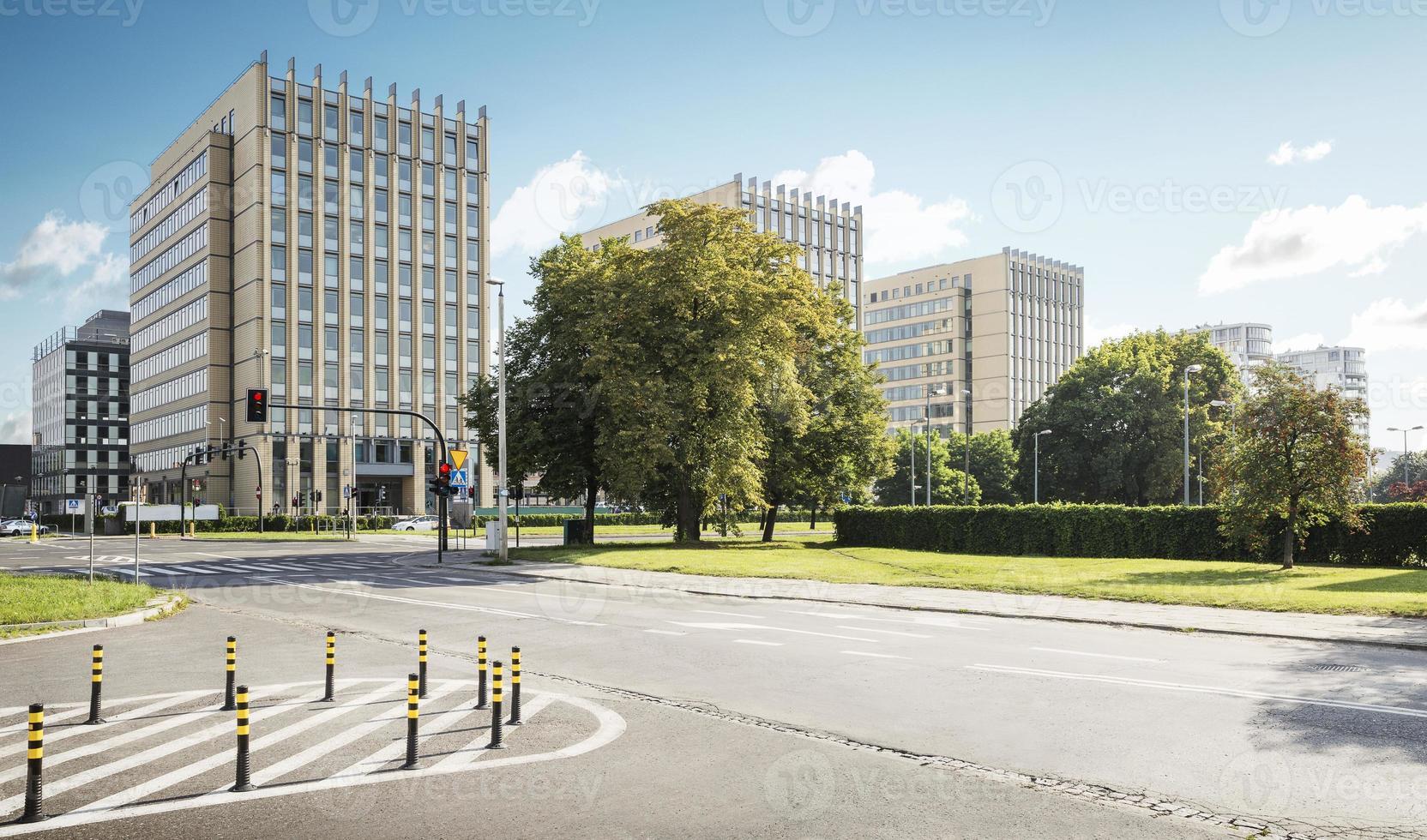 edifici per uffici nel quartiere degli affari di cracovia foto