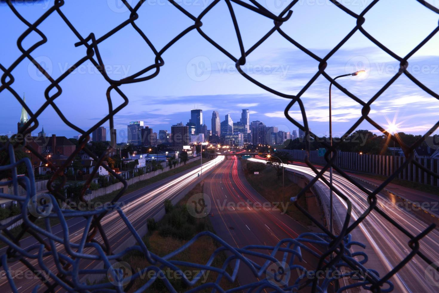 orizzonte di paesaggio urbano di Minneapolis foto