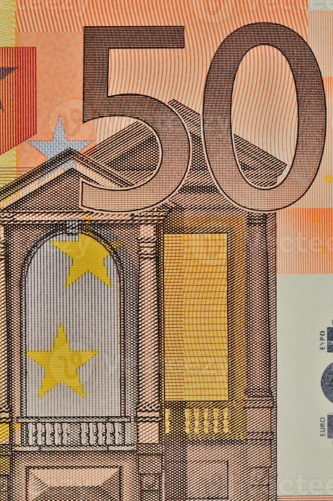 sguardo ravvicinato della banconota in euro del valore nominale di 50 foto