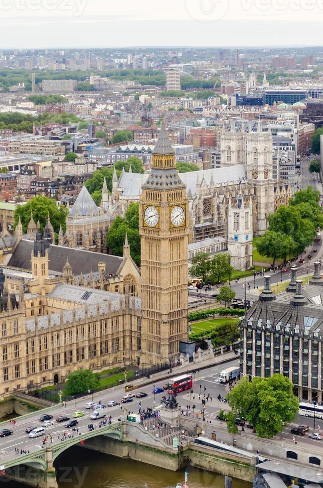 veduta aerea del big ben, case del parlamento, londra foto