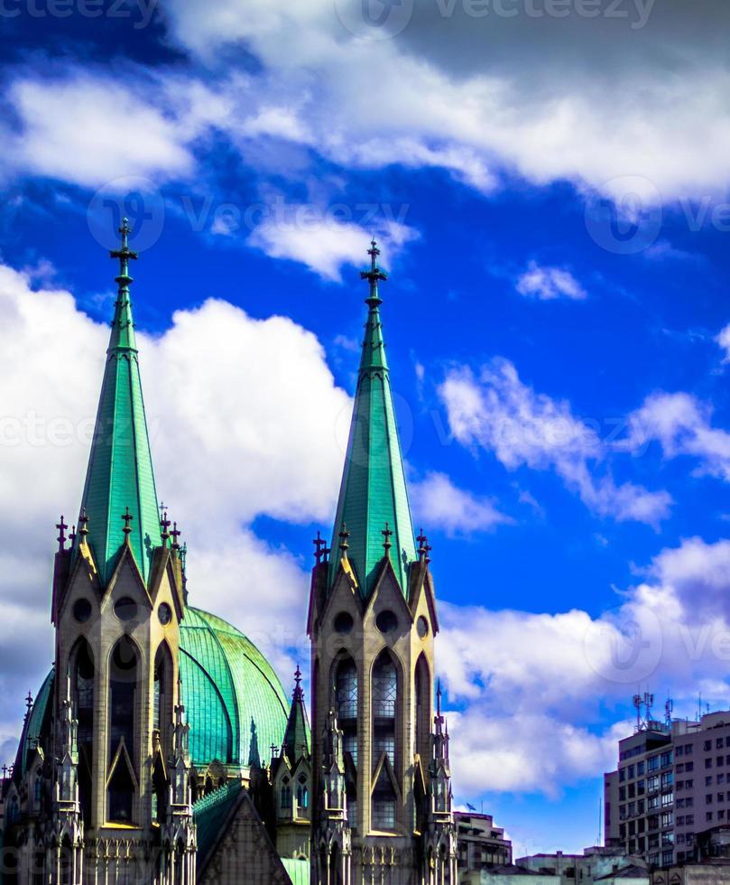 guglie della chiesa della cattedrale di sé a sao paulo, brasile / regional2014 foto