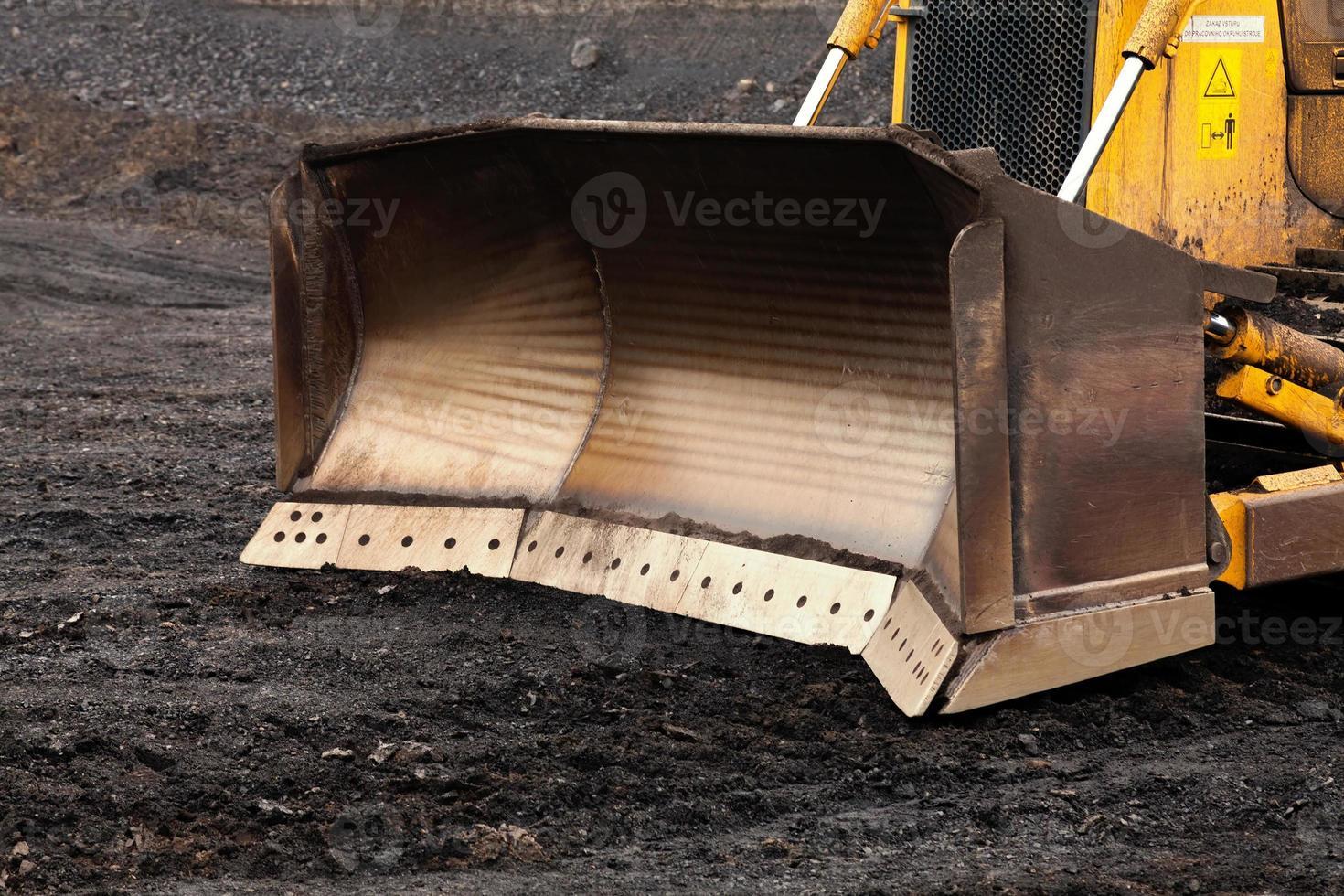 bulldozer nella miniera di carbone foto