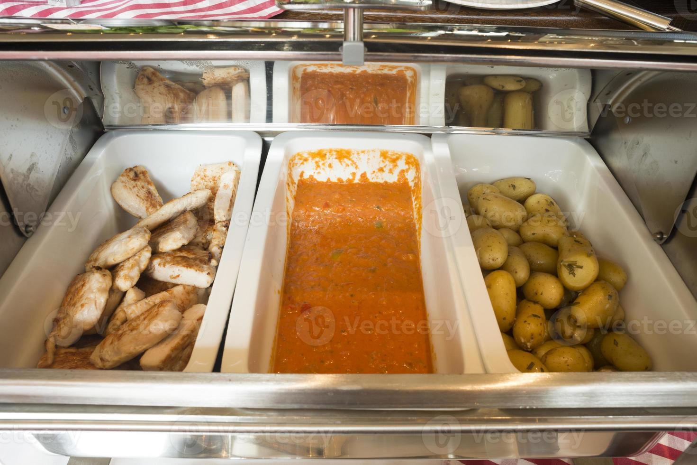 buffet di insalate self-service foto