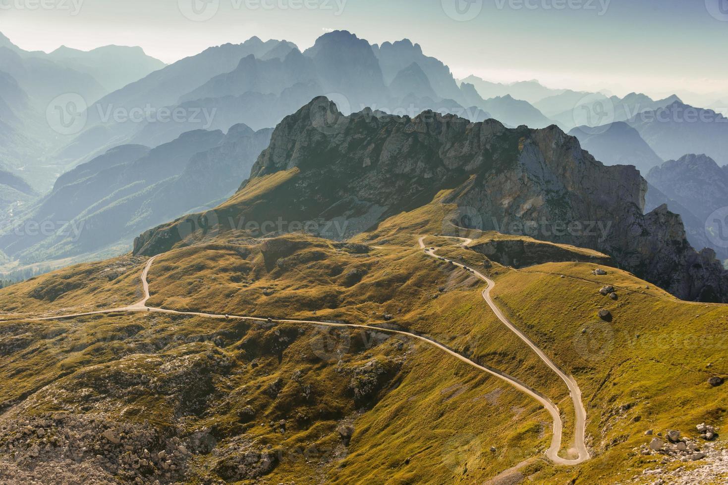 strada in montagna foto