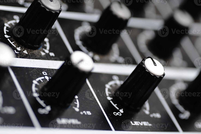 console audio. mixer audio. foto