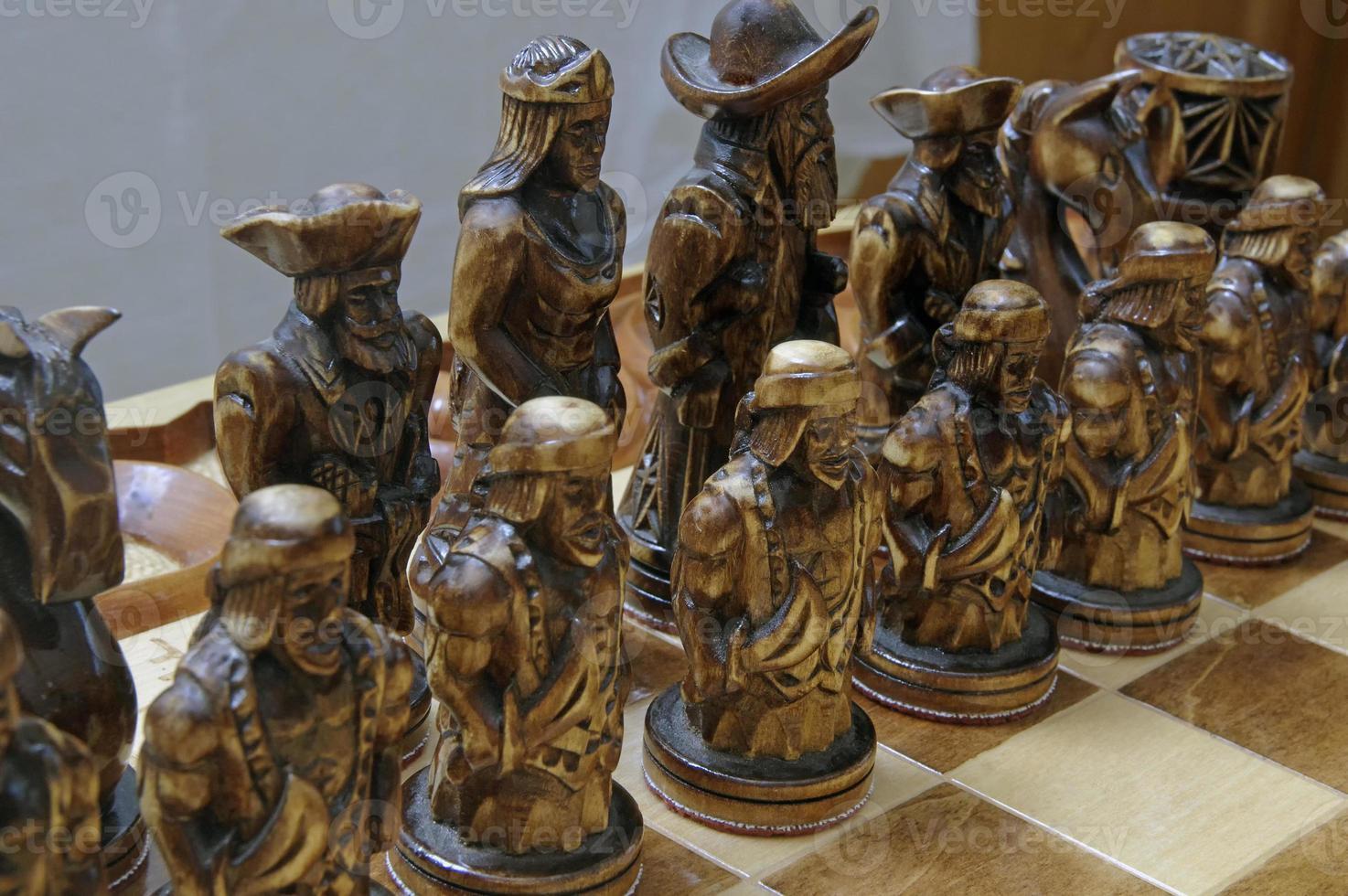 figure di scacchi a bordo foto