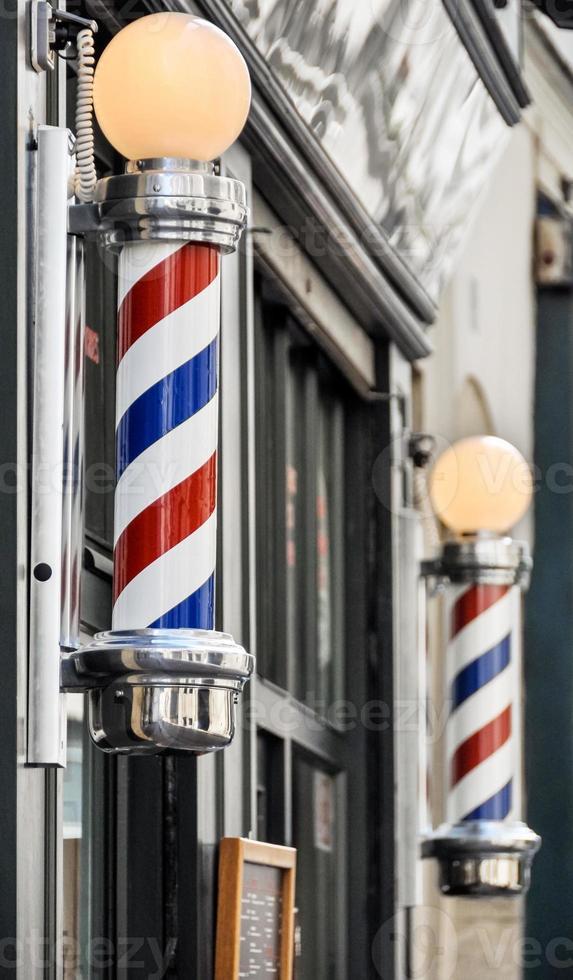 negozio di barbiere accedi a parigi foto