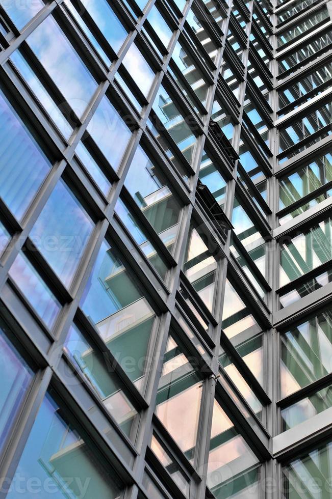 struttura condominiale di vetro foto