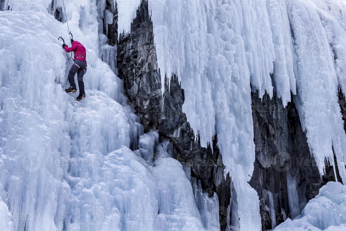 arrampicata su ghiaccio donna foto