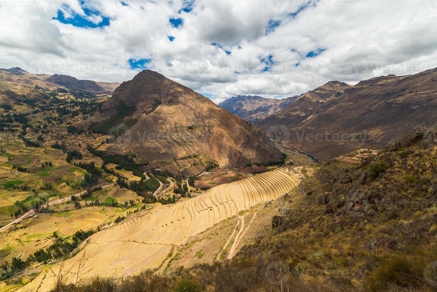 terrazze inca in pisac, valle sacra, Perù foto