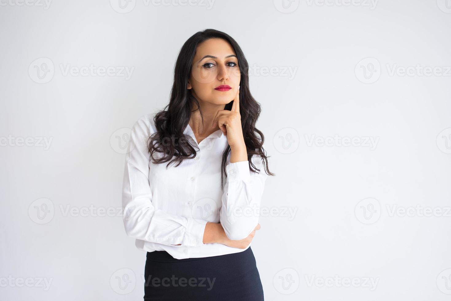 donna d'affari di mezza età piuttosto fiducioso foto