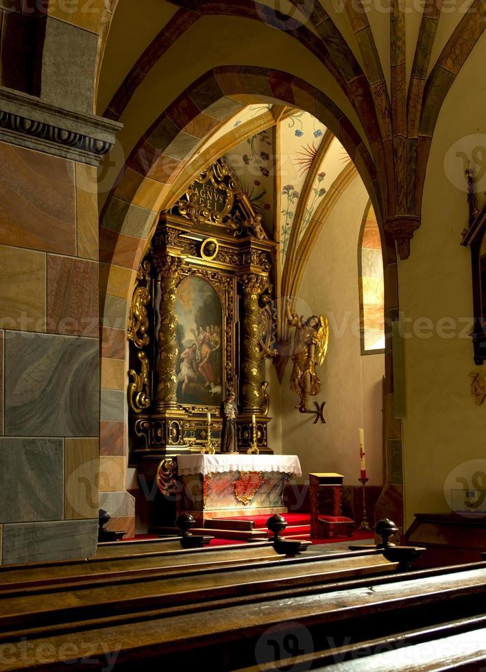 interno della chiesa foto