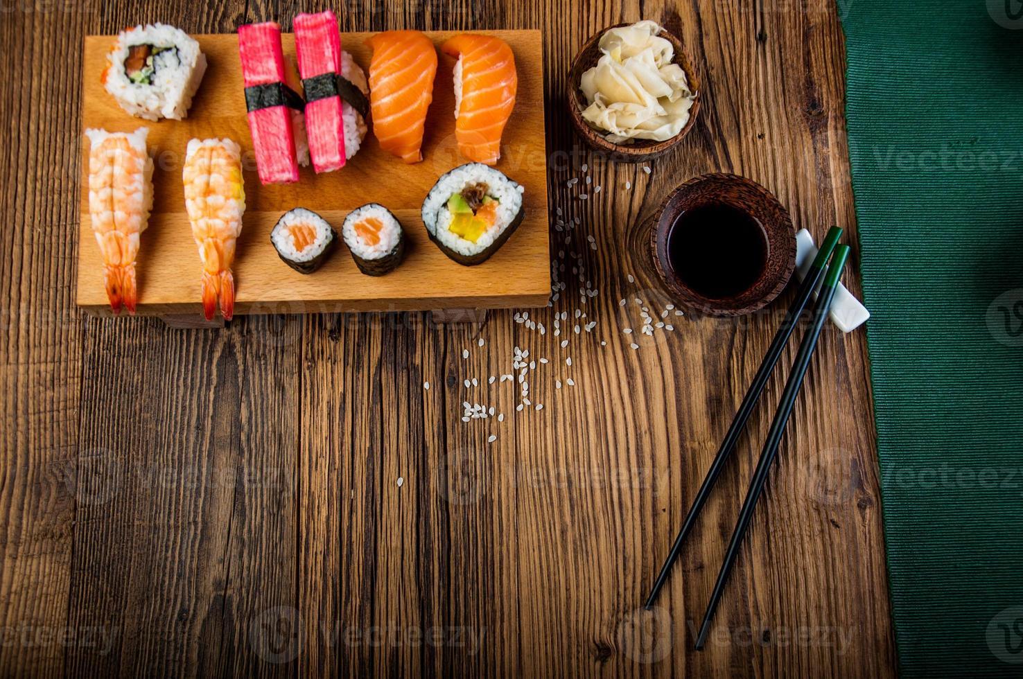 sushi orientale colorato foto