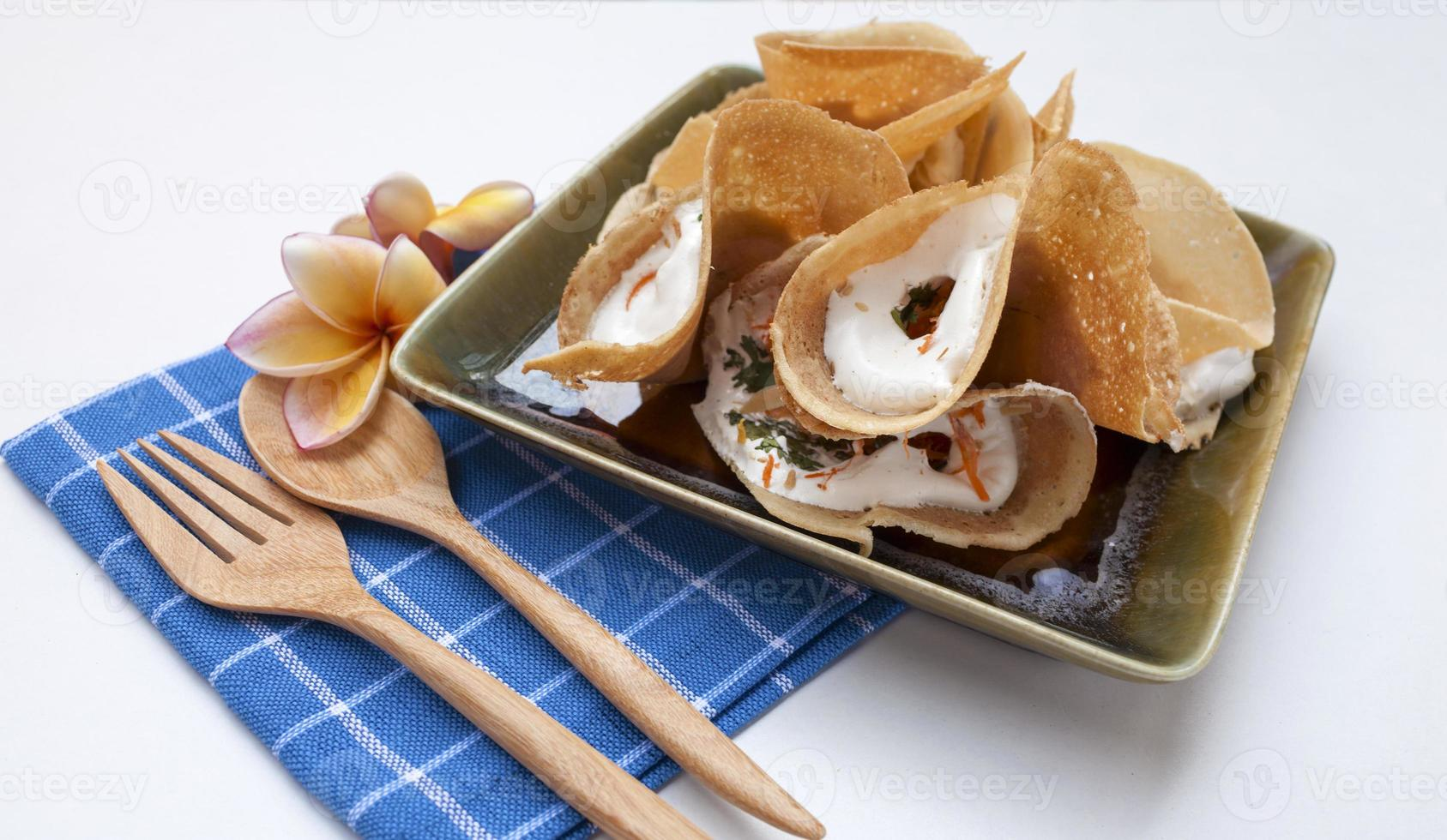 pancake croccante tailandese del primo piano foto