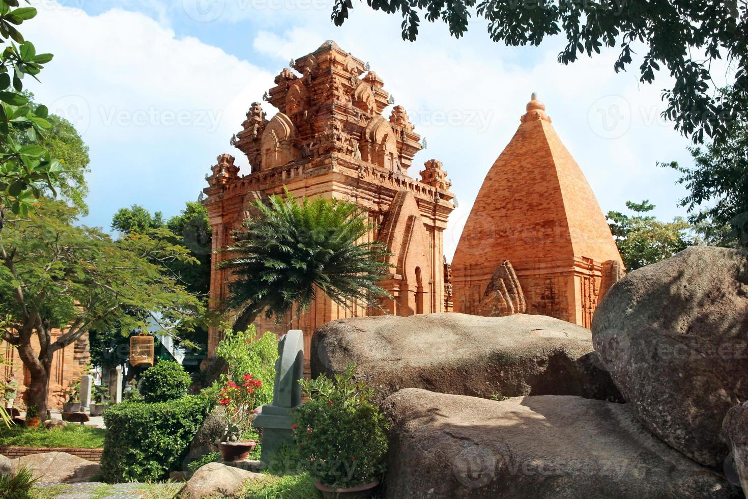 torri cham civilization. Nha Trang, Vietnam foto