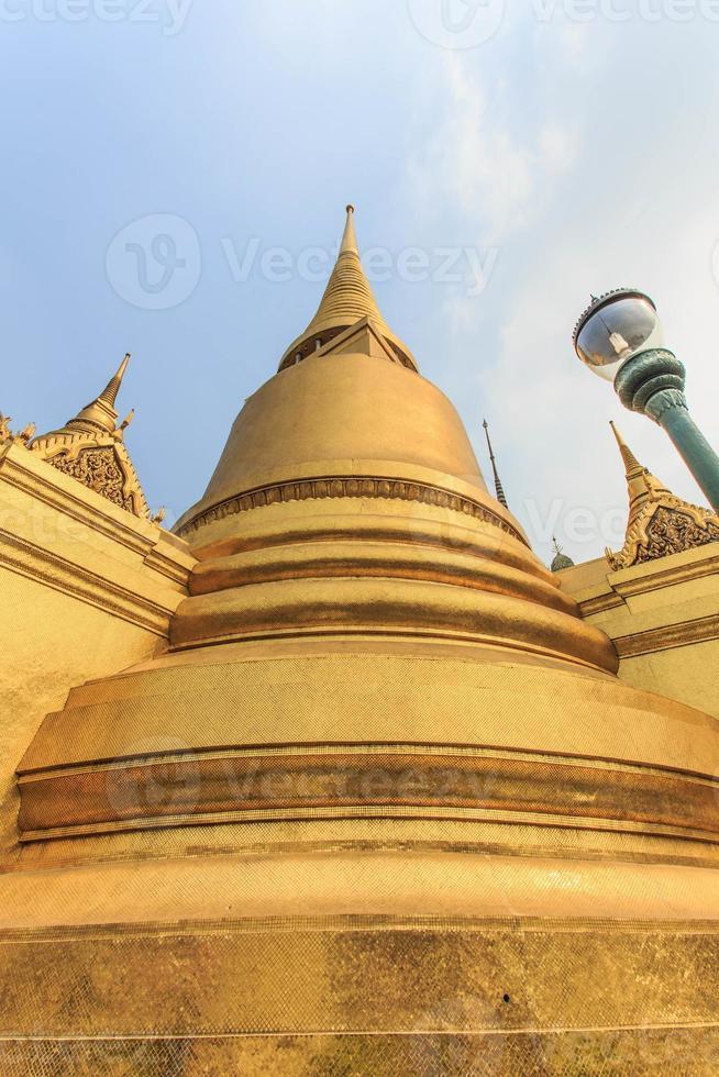 pagoda e wat phra kaew foto