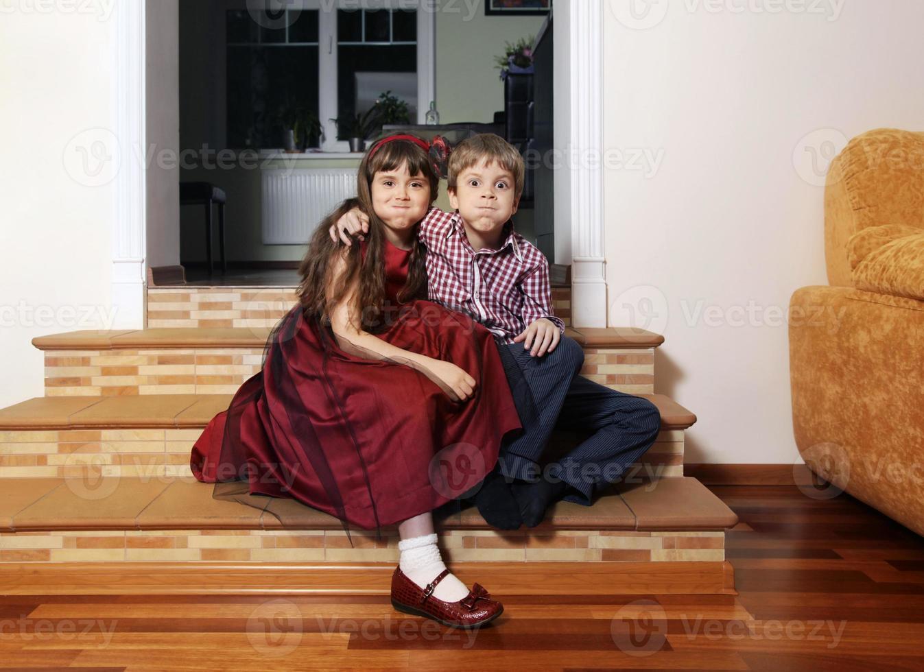 fratello e sorella foto