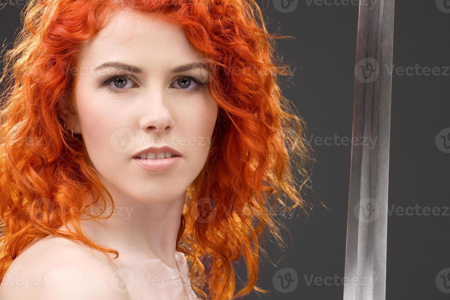 guerriera rossa foto