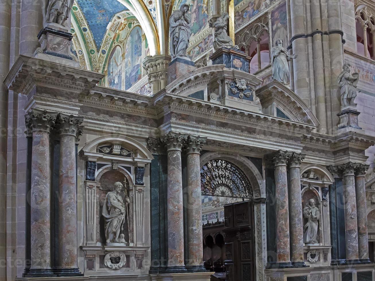 chatedral di pavia, italia foto