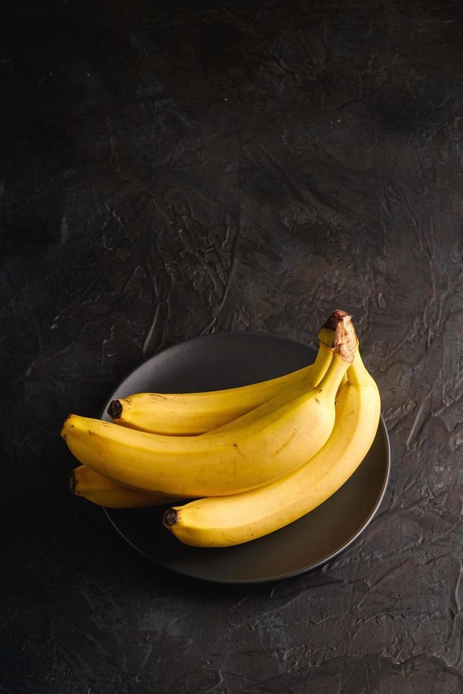 banane sfondo scuro con texture foto