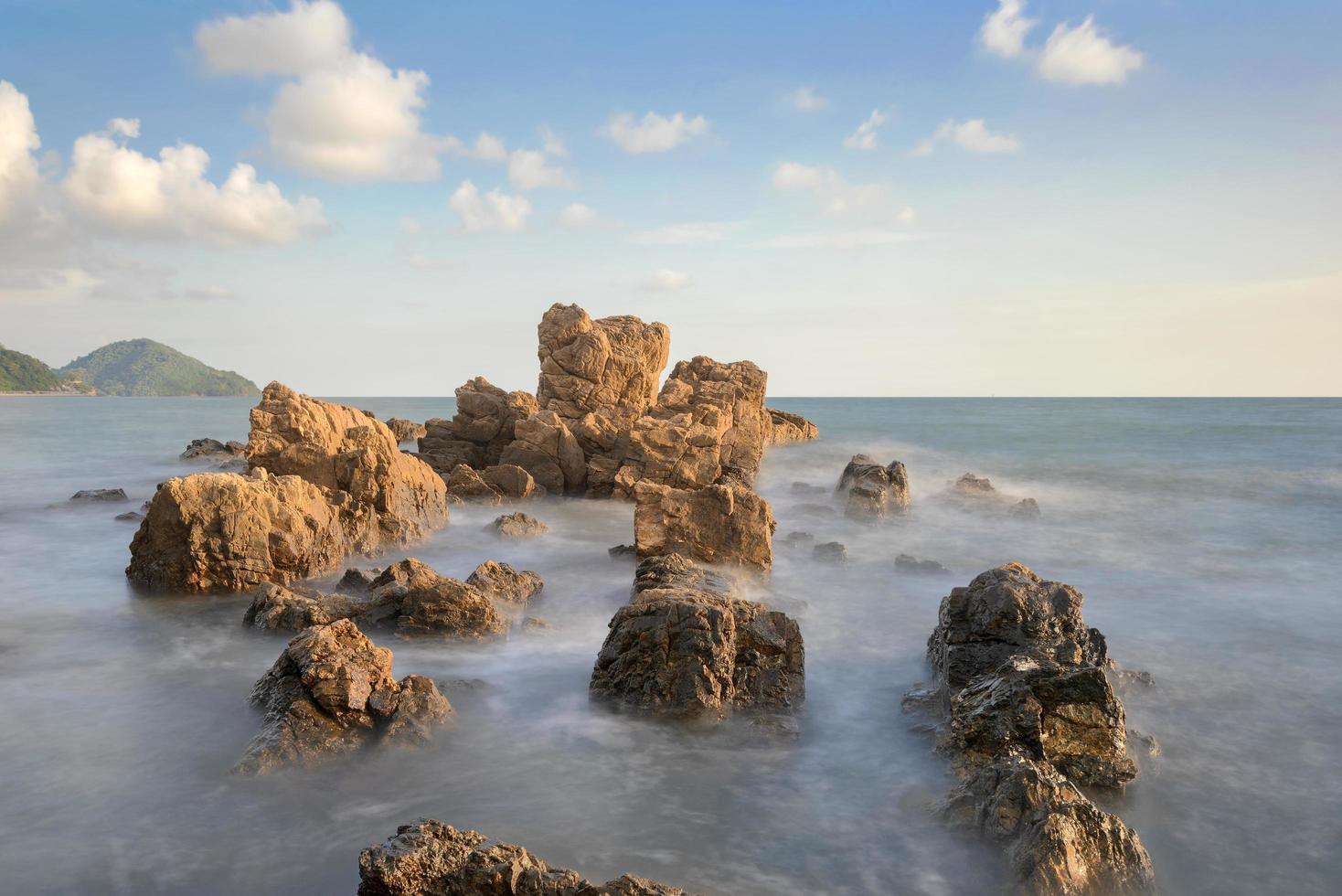 roccia del hinkrong in chanthaburi Tailandia foto
