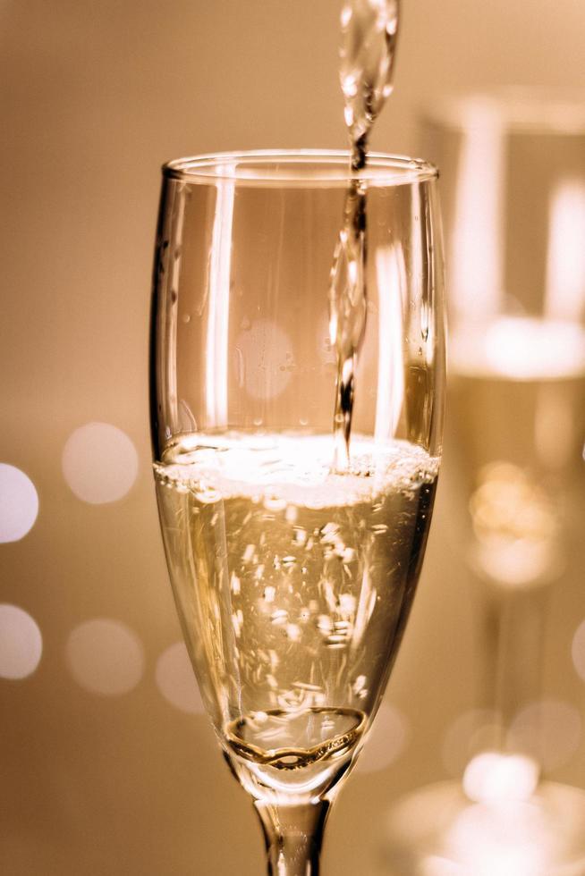 primo piano del flute di champagne foto