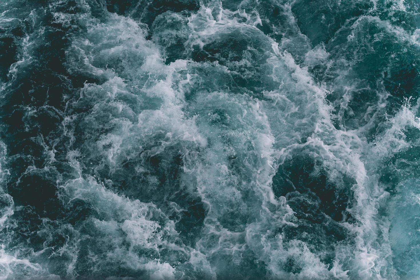 onde dell'oceano dall'alto foto
