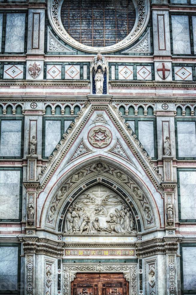 dettaglio della cattedrale di santa croce a firenze foto