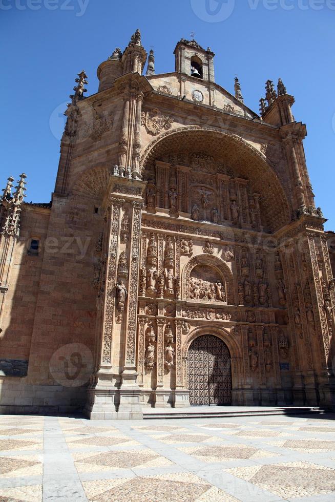 facciata della chiesa di san esteban, salamanca, castilla leon, spagna foto