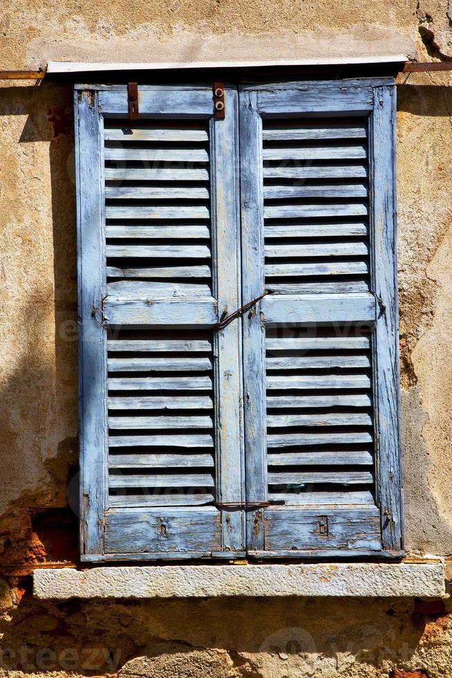 lonate ceppino varese italy green wood veneziana in the foto