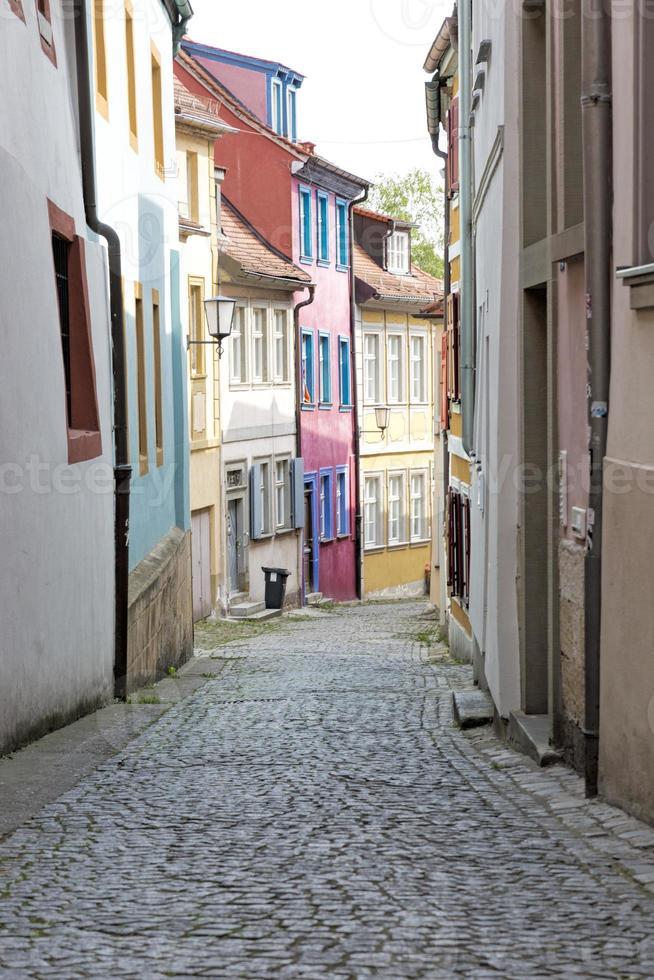 pittoresco vicolo nella città di bamberga, in germania foto