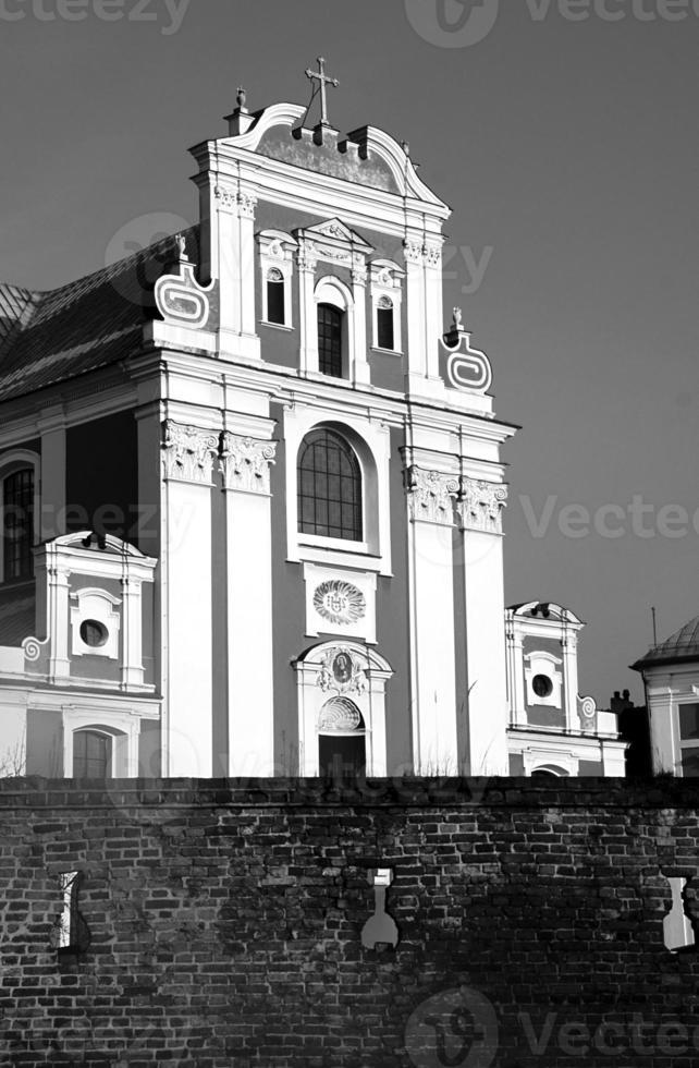 parete e facciata barocca della chiesa foto