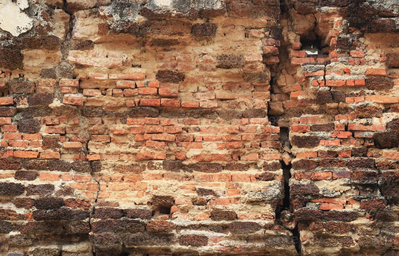 vecchio fondo di struttura del muro di mattoni rossi foto