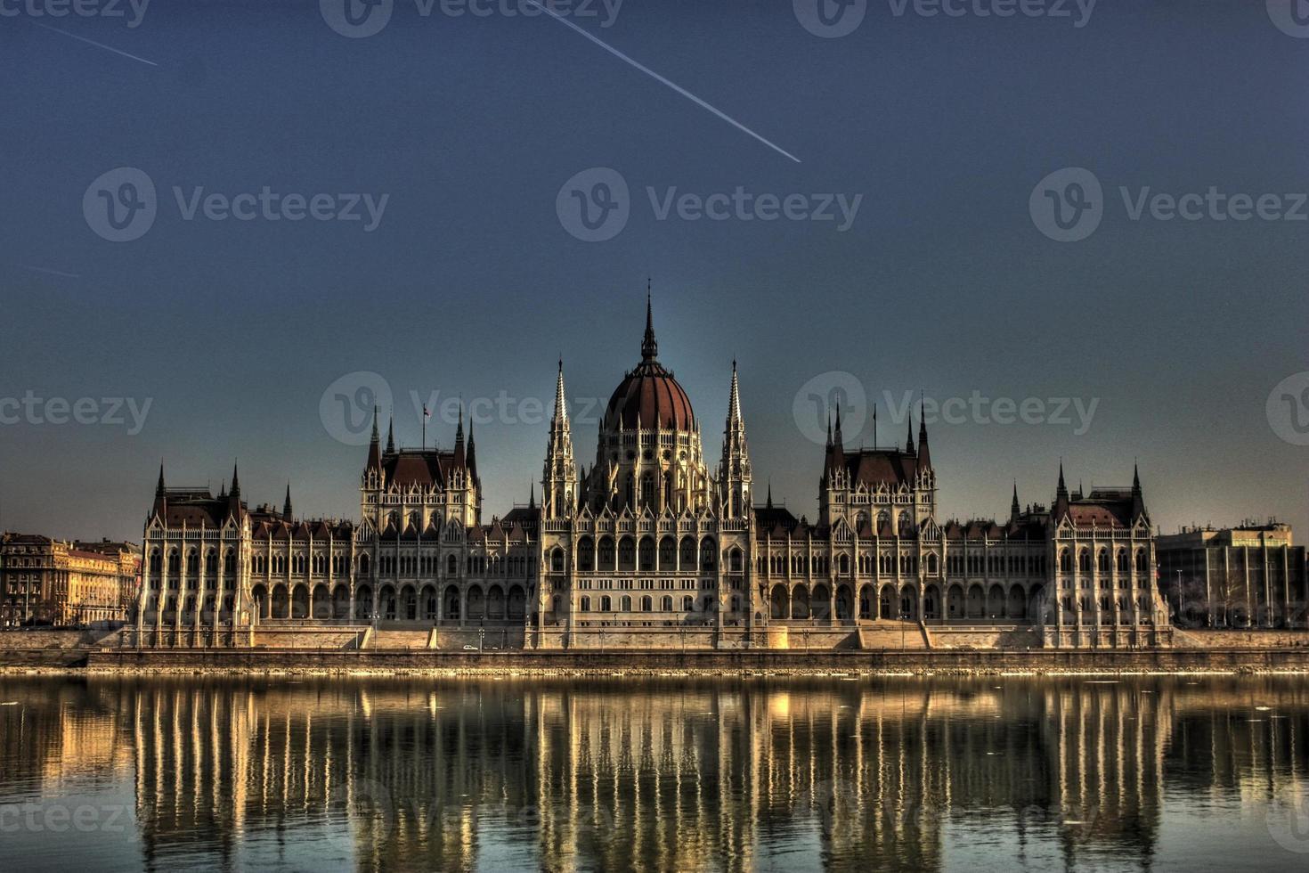 parlamento di budapest foto