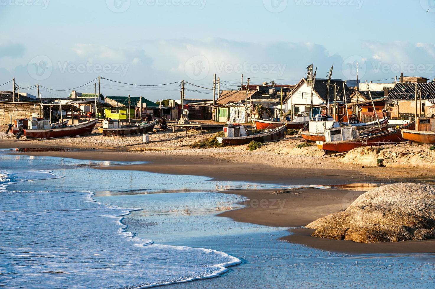 spiaggia di punta del diablo, costa dell'uruguay foto