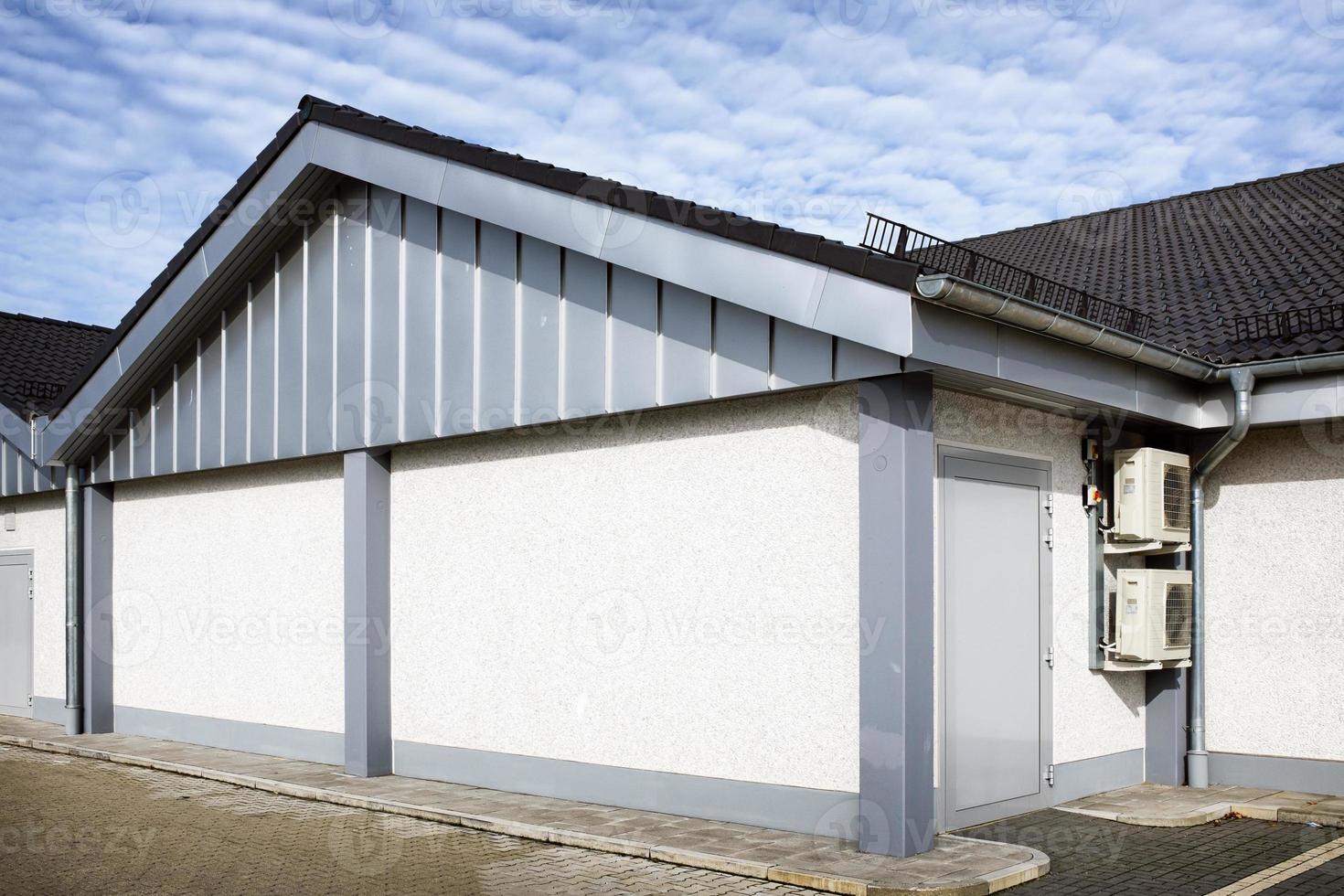 facciata moderna del negozio foto