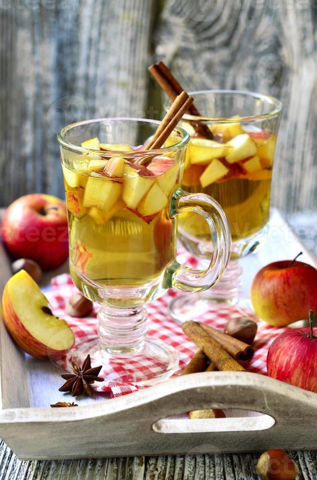 Sidro di mele caldo. foto