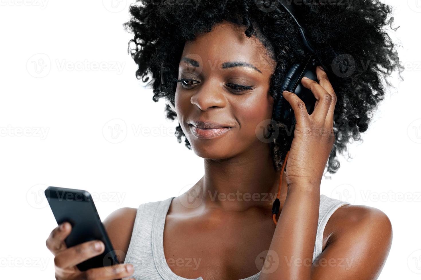 ascoltando la sua canzone preferita foto