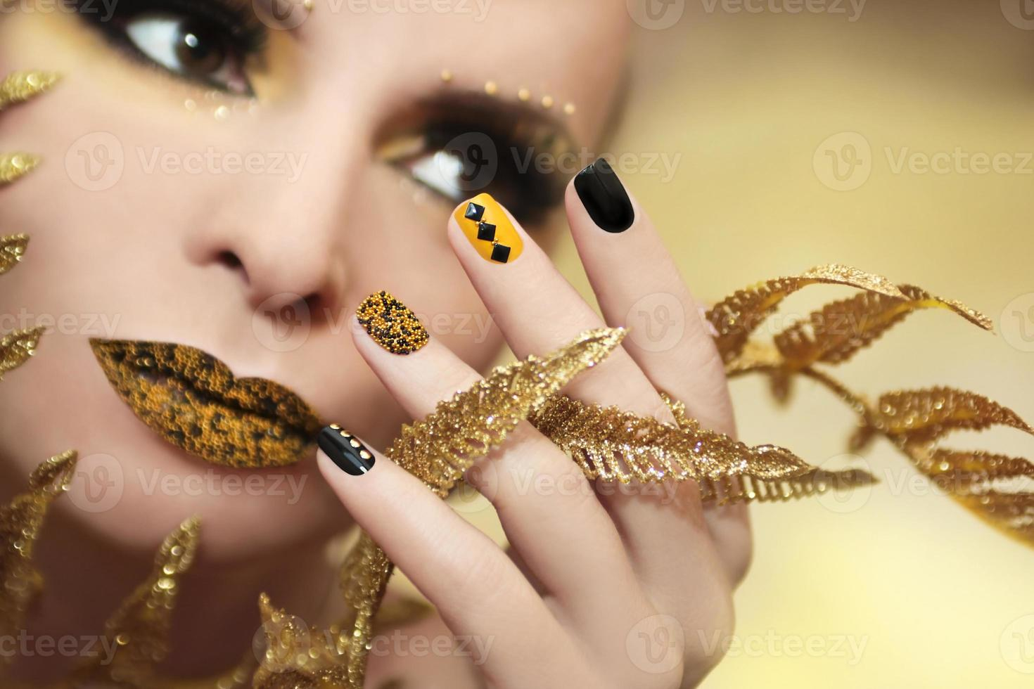 manicure al caviale. foto