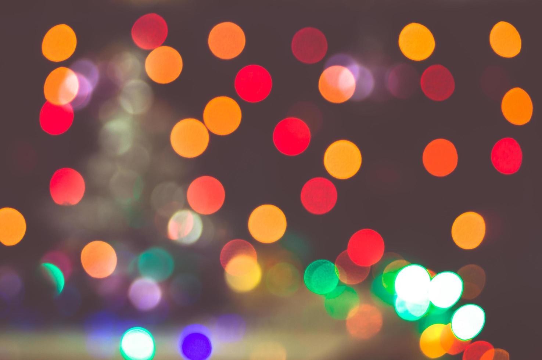 bokeh delle luci della città di notte foto