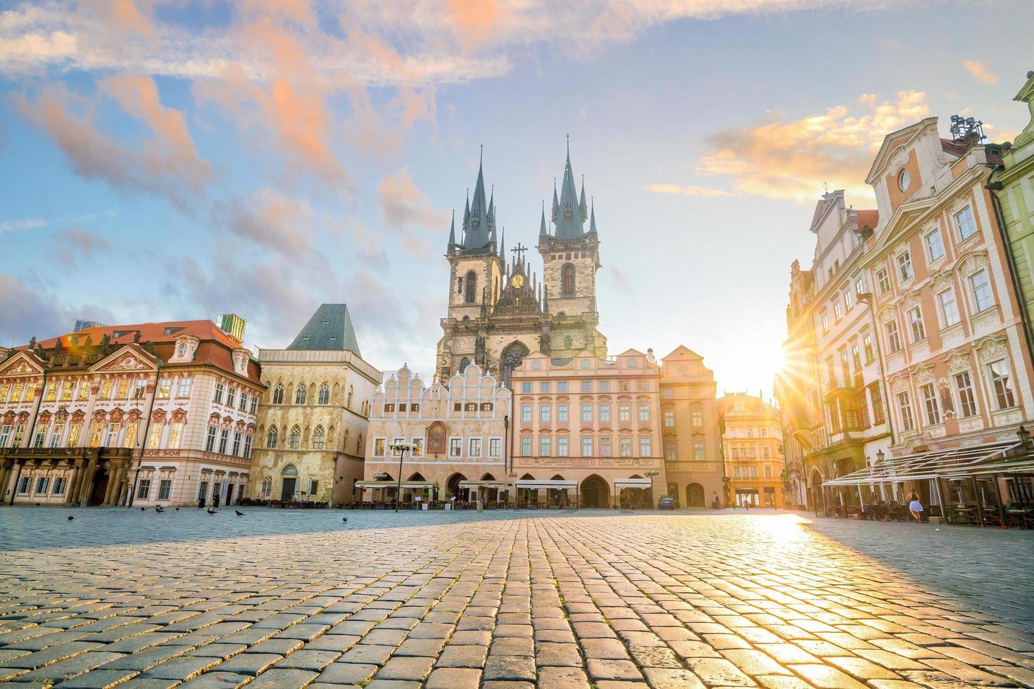 piazza della città vecchia a praga repubblica ceca foto