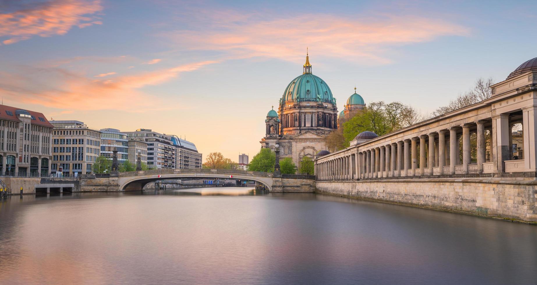 skyline del centro di berlino foto